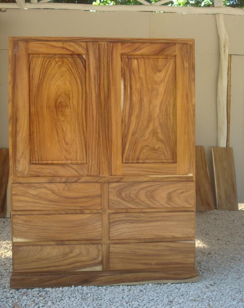 Madera noble muebles en madera de teca for Muebles madera teca